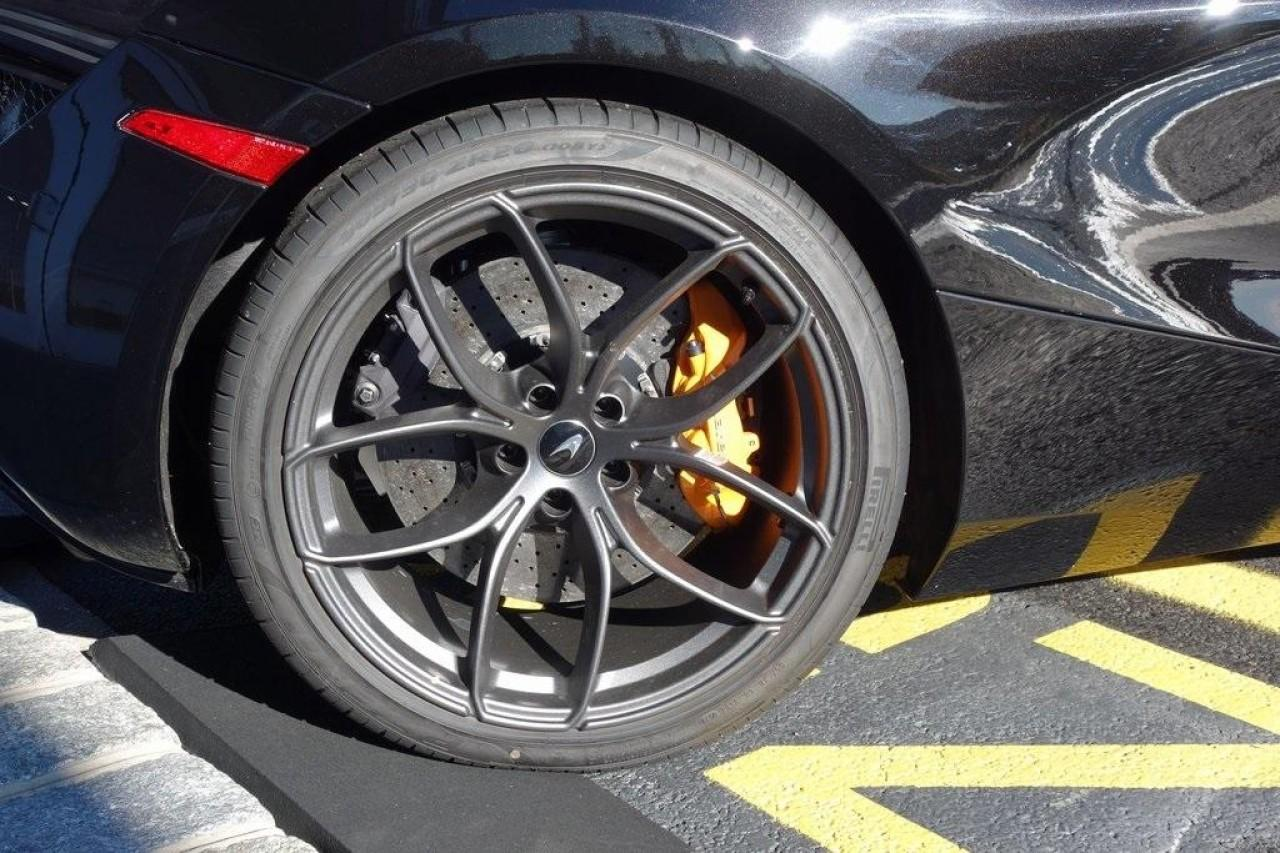 New 2020 McLaren 720S Spider Perfromance for sale $352,200 at McLaren North Jersey in Ramsey NJ 07446 8