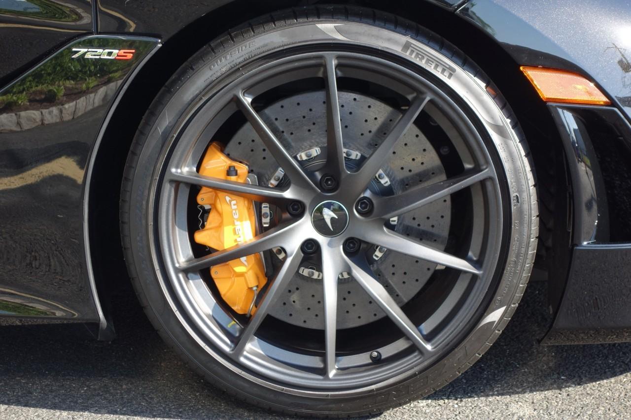 New 2020 McLaren 720S Performance Spider for sale $383,500 at McLaren North Jersey in Ramsey NJ 07446 9