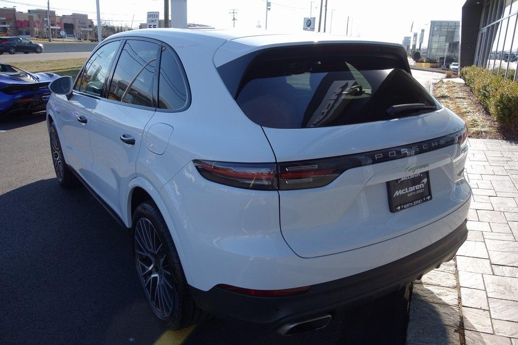 Used 2019 Porsche Cayenne S Hybrid for sale Sold at McLaren North Jersey in Ramsey NJ 07446 10