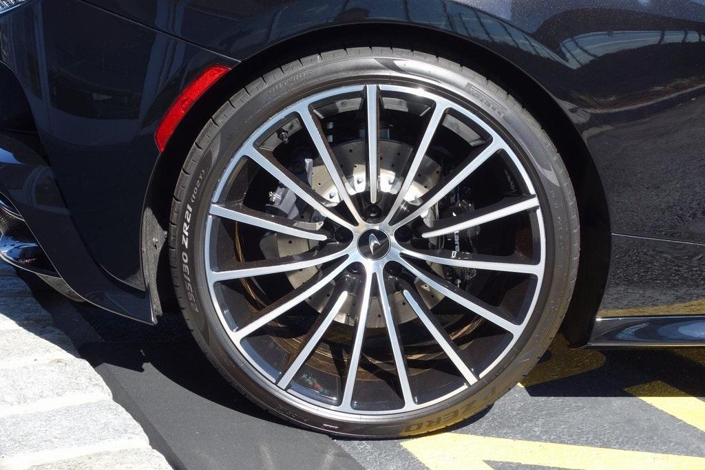 New 2020 McLaren GT Luxe for sale $245,025 at McLaren North Jersey in Ramsey NJ 07446 5
