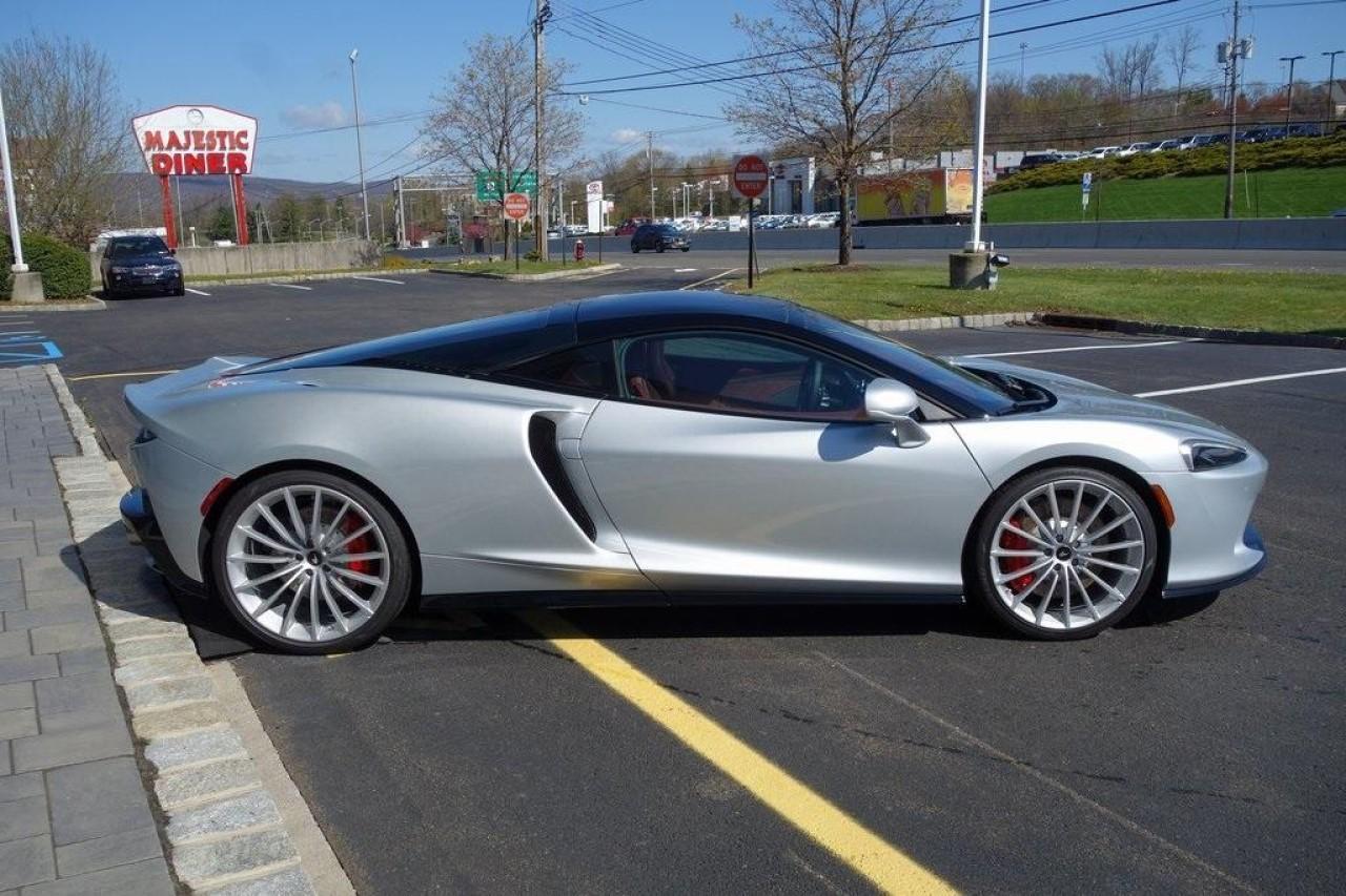 New 2020 McLaren GT Pioneer for sale $237,975 at McLaren North Jersey in Ramsey NJ 07446 4