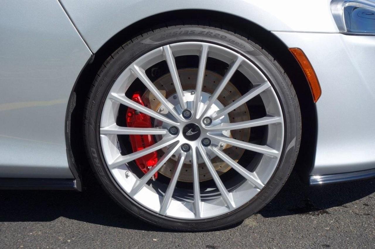 New 2020 McLaren GT Pioneer for sale $237,975 at McLaren North Jersey in Ramsey NJ 07446 6