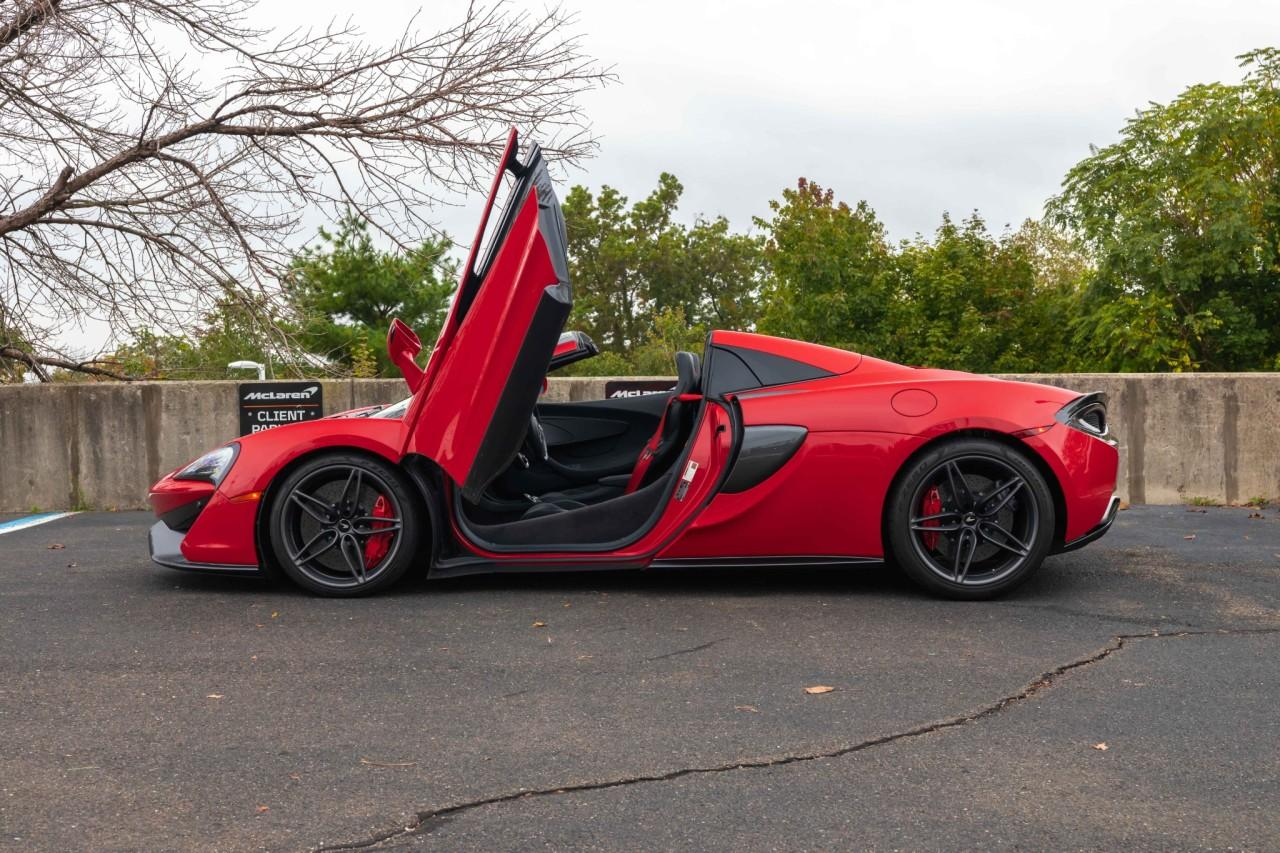 Used 2019 McLaren 570S Spider for sale $178,900 at McLaren North Jersey in Ramsey NJ 07446 4