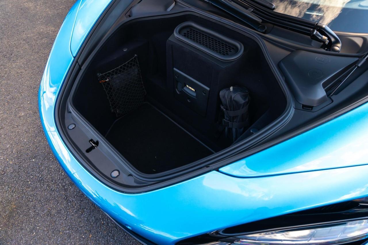 New 2020 McLaren 720S Luxury Spider for sale $382,310 at McLaren North Jersey in Ramsey NJ 07446 3