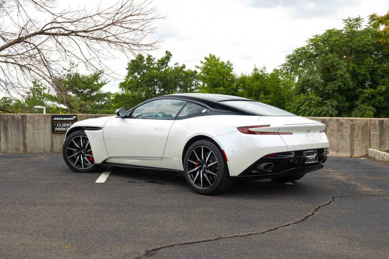 Used 2018 Aston Martin DB11 V8 Coupe for sale $157,000 at McLaren North Jersey in Ramsey NJ 07446 5