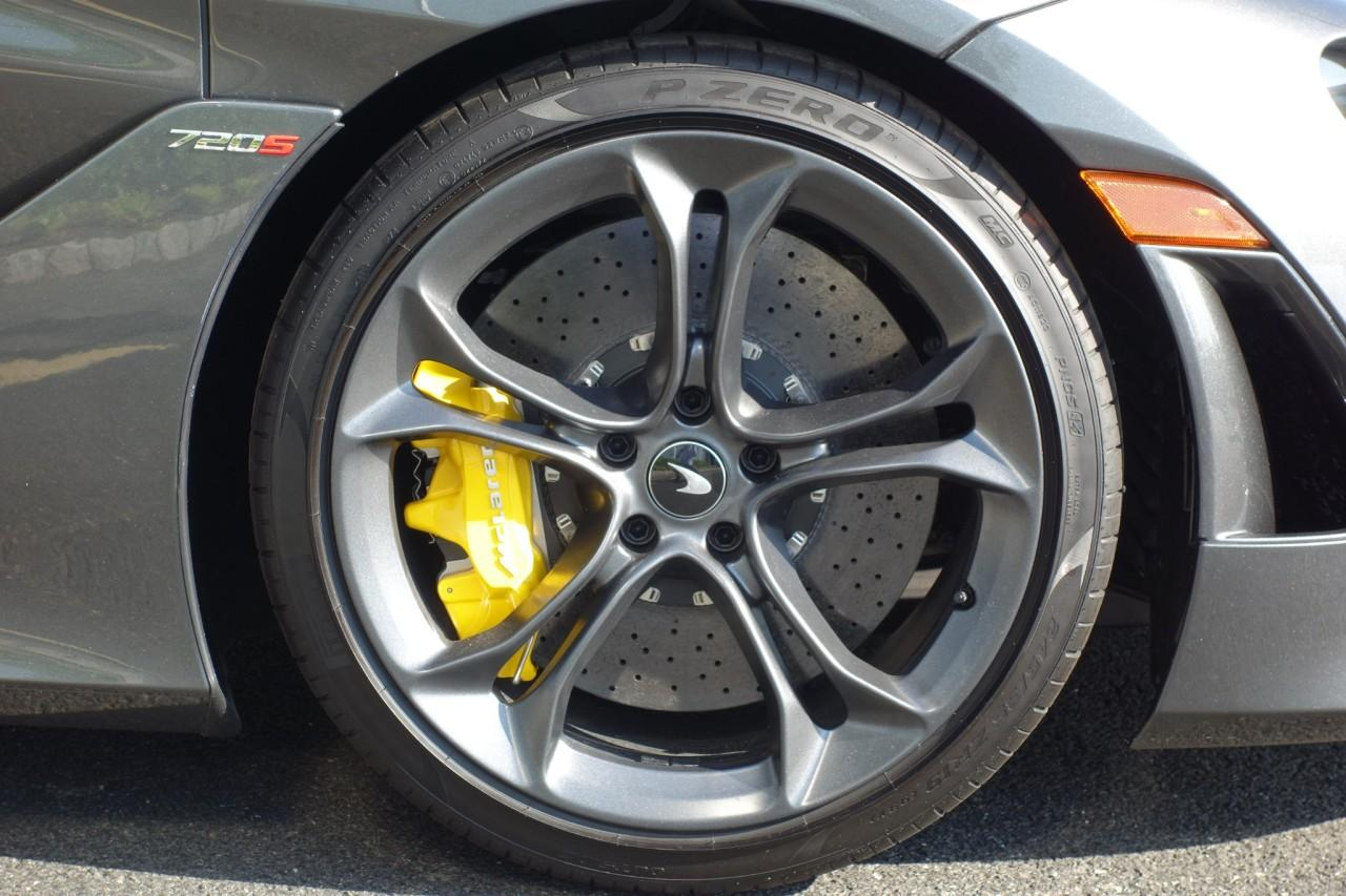 New 2020 McLaren 720S for sale $344,190 at McLaren North Jersey in Ramsey NJ 07446 9