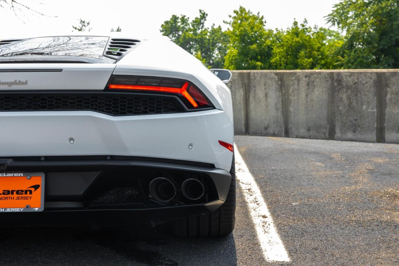 Used 2016 Lamborghini Huracan LP610-4 Coupe for sale $225,000 at McLaren North Jersey in Ramsey NJ 07446 8