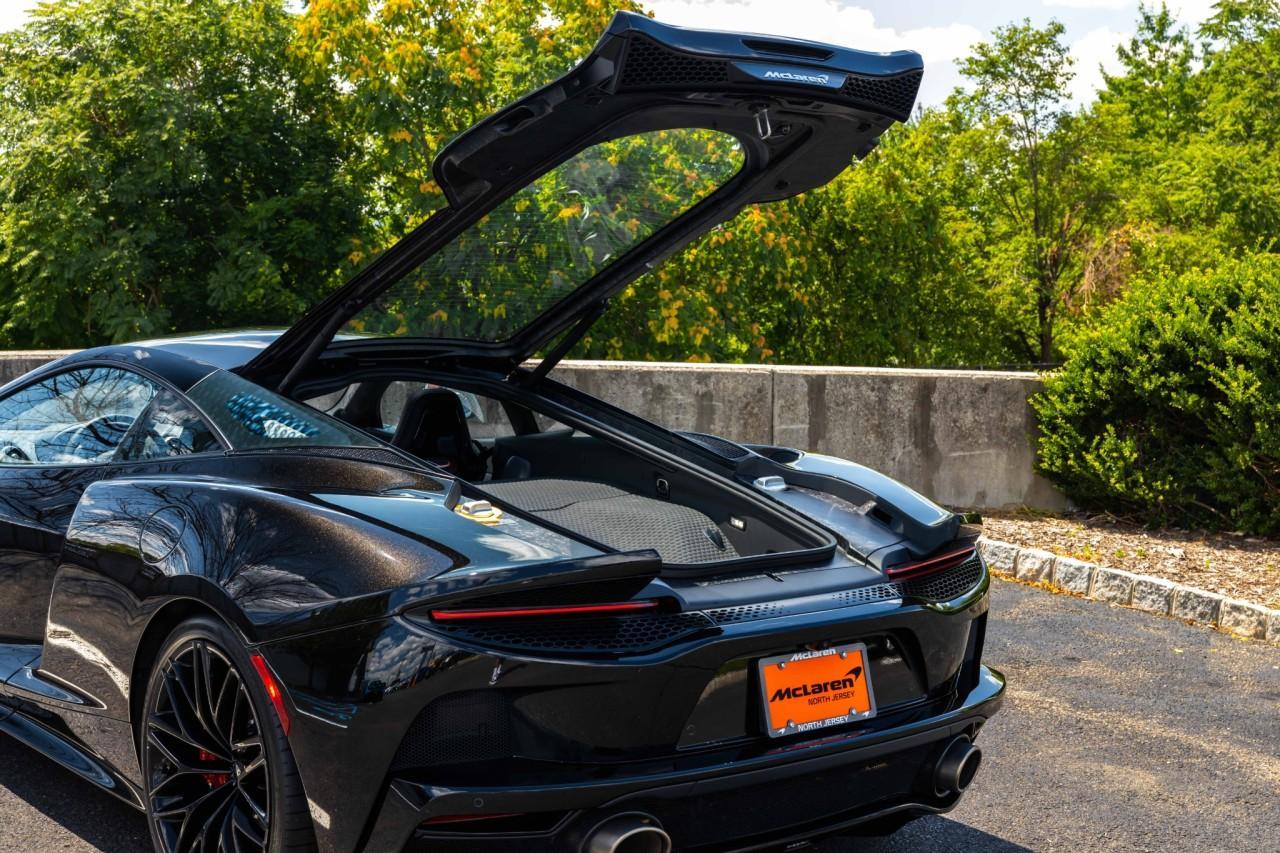 New 2021 McLaren GT for sale $208,105 at McLaren North Jersey in Ramsey NJ 07446 10