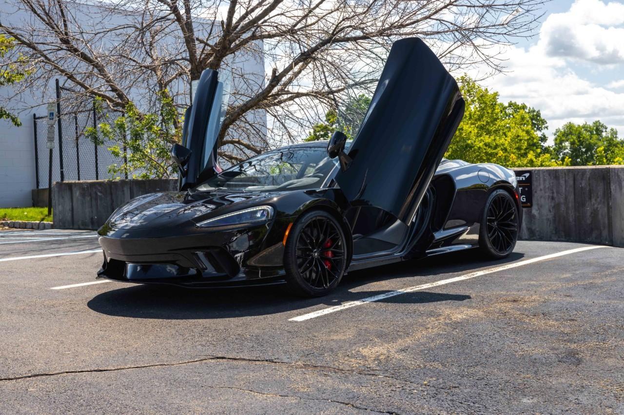 New 2021 McLaren GT for sale $208,105 at McLaren North Jersey in Ramsey NJ 07446 3