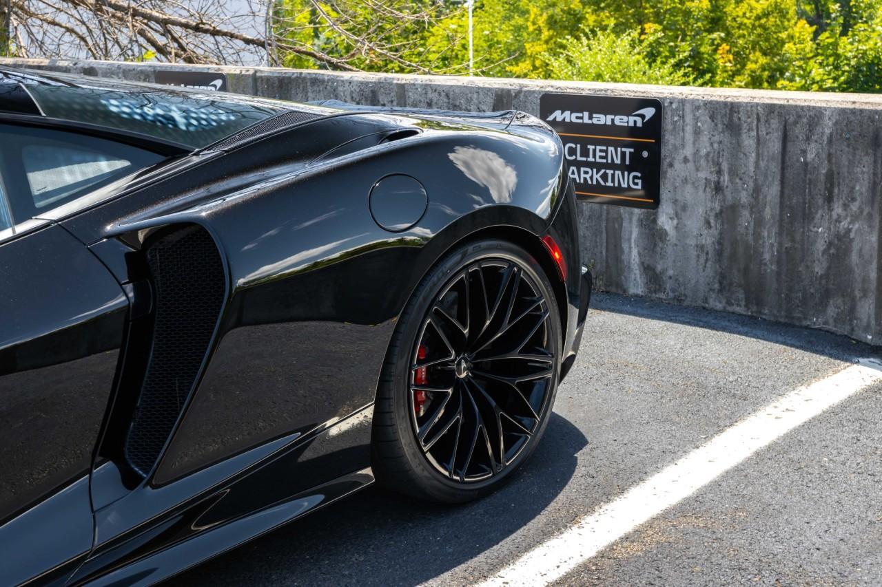 New 2021 McLaren GT for sale $208,105 at McLaren North Jersey in Ramsey NJ 07446 5