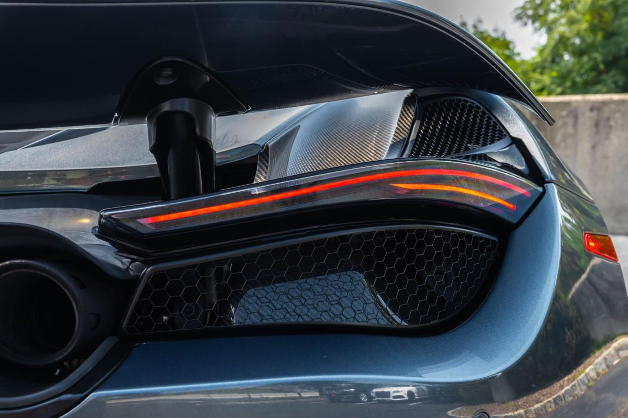 Used 2018 McLaren 720S Performance Coupe for sale Sold at McLaren North Jersey in Ramsey NJ 07446 10