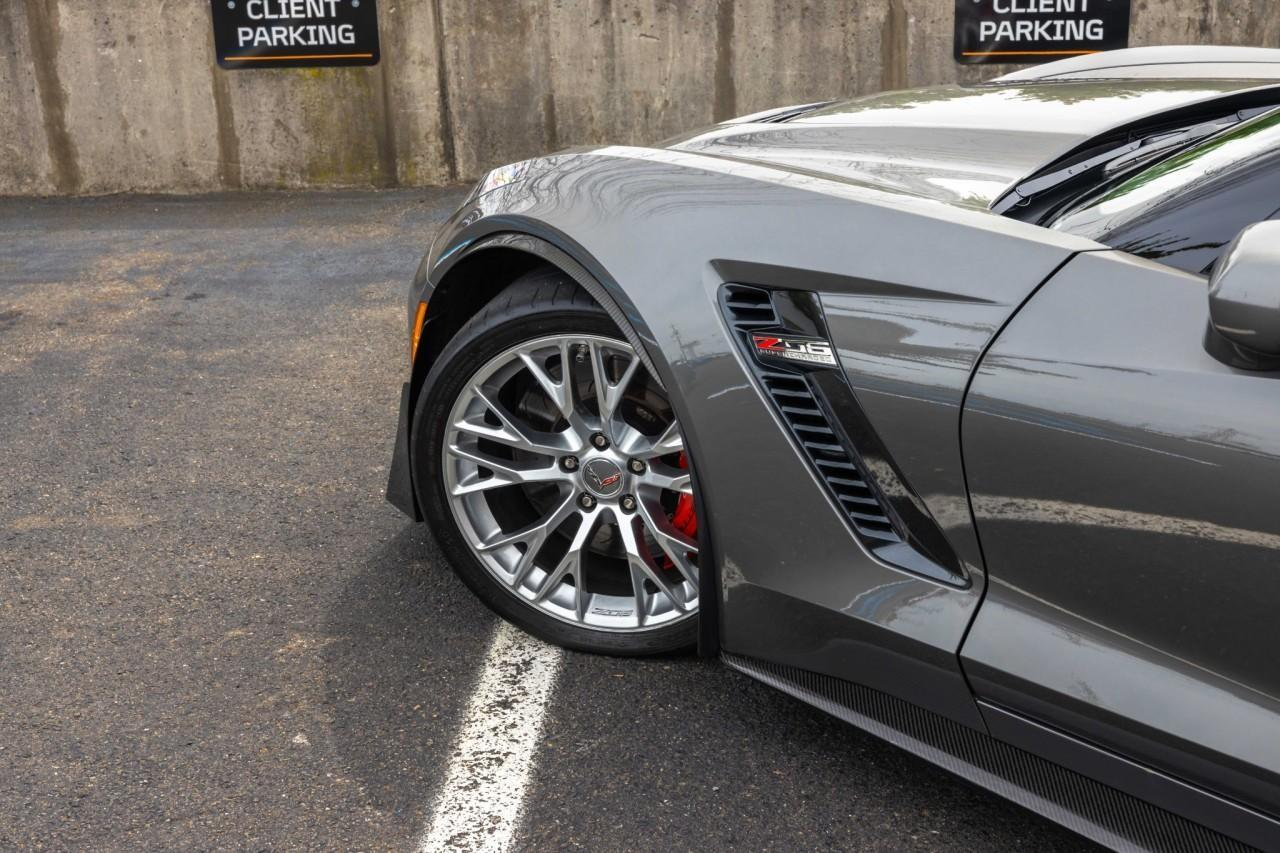Used 2015 Chevrolet Corvette Z06 3LZ Coupe for sale $79,950 at McLaren North Jersey in Ramsey NJ 07446 10