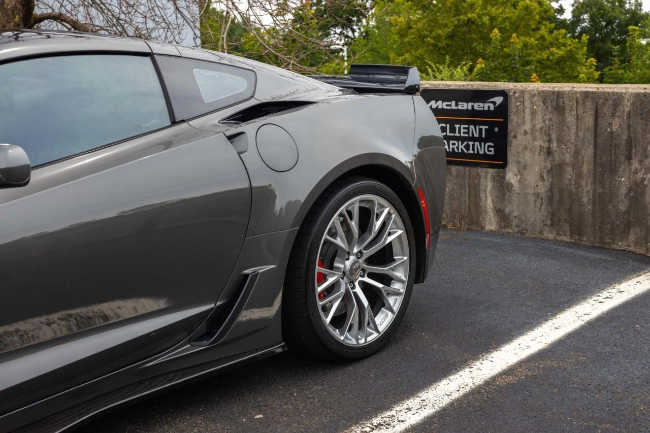 Used 2015 Chevrolet Corvette Z06 3LZ Coupe for sale $79,950 at McLaren North Jersey in Ramsey NJ 07446 5