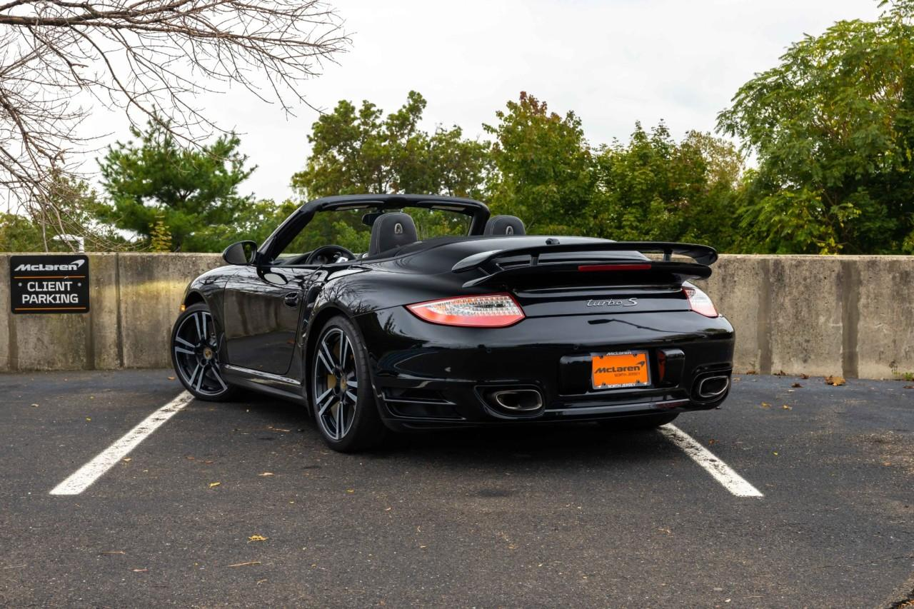 Used 2012 Porsche 911 Turbo S Cabriolet for sale $115,000 at McLaren North Jersey in Ramsey NJ 07446 4