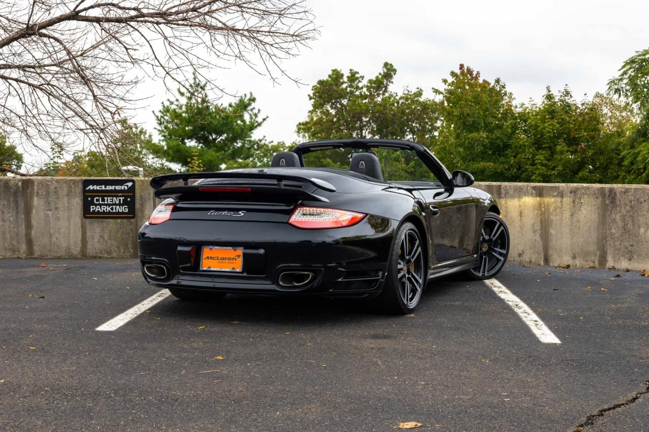 Used 2012 Porsche 911 Turbo S Cabriolet for sale $115,000 at McLaren North Jersey in Ramsey NJ 07446 9