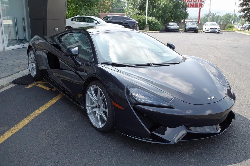 Used 2018 McLaren 570GT for sale Sold at McLaren North Jersey in Ramsey NJ 07446 1