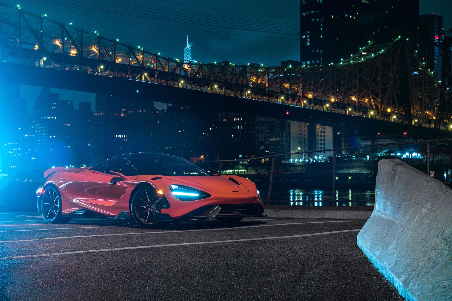 McLaren 765LT named 'Best Supercar of 2021' by Robb Report